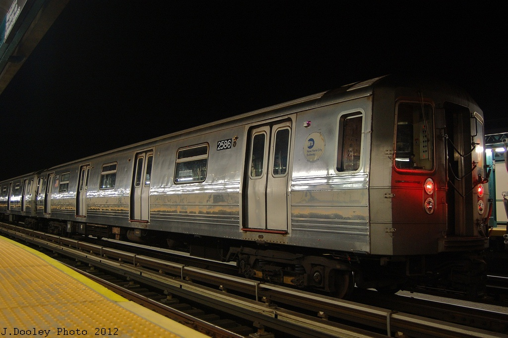 (279k, 1024x681)<br><b>Country:</b> United States<br><b>City:</b> New York<br><b>System:</b> New York City Transit<br><b>Line:</b> BMT West End Line<br><b>Location:</b> 79th Street <br><b>Car:</b> R-68 (Westinghouse-Amrail, 1986-1988)  2586 <br><b>Photo by:</b> John Dooley<br><b>Date:</b> 11/12/2012<br><b>Notes:</b> Post-Sandy layups due to Coney Island Yard cleanup<br><b>Viewed (this week/total):</b> 2 / 177
