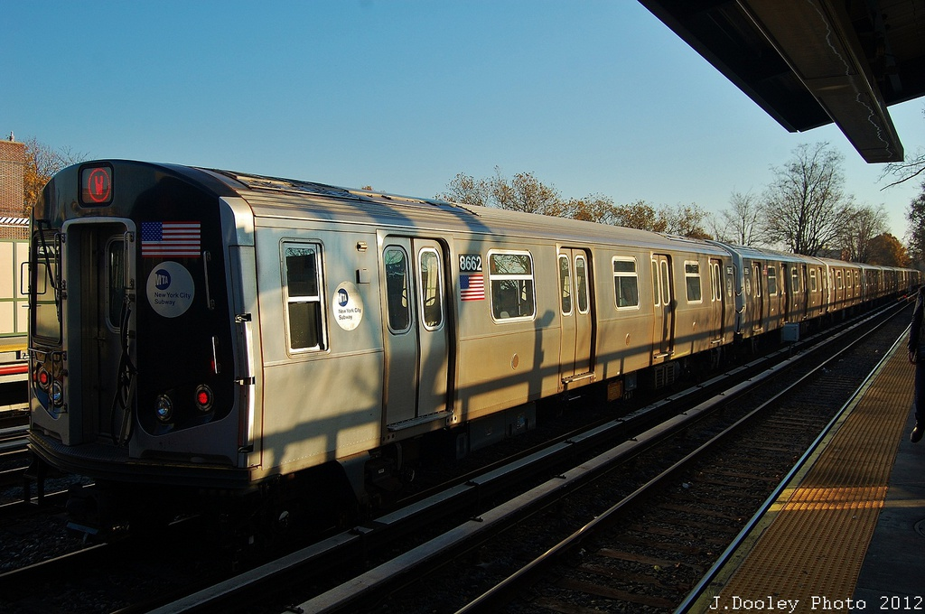 (315k, 1024x680)<br><b>Country:</b> United States<br><b>City:</b> New York<br><b>System:</b> New York City Transit<br><b>Line:</b> BMT Brighton Line<br><b>Location:</b> Avenue M <br><b>Route:</b> Layup<br><b>Car:</b> R-160A-2 (Alstom, 2005-2008, 5 car sets)  8662 <br><b>Photo by:</b> John Dooley<br><b>Date:</b> 11/11/2012<br><b>Notes:</b> Post-Sandy layups due to cleanup of Coney Island yard.<br><b>Viewed (this week/total):</b> 1 / 329