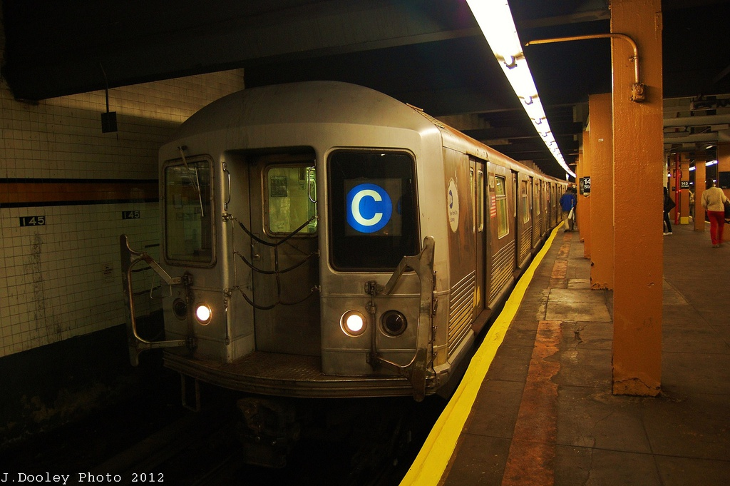 (287k, 1024x681)<br><b>Country:</b> United States<br><b>City:</b> New York<br><b>System:</b> New York City Transit<br><b>Line:</b> IND 8th Avenue Line<br><b>Location:</b> 145th Street <br><b>Route:</b> C<br><b>Car:</b> R-42 (St. Louis, 1969-1970)  4828 <br><b>Photo by:</b> John Dooley<br><b>Date:</b> 11/13/2012<br><b>Viewed (this week/total):</b> 3 / 933