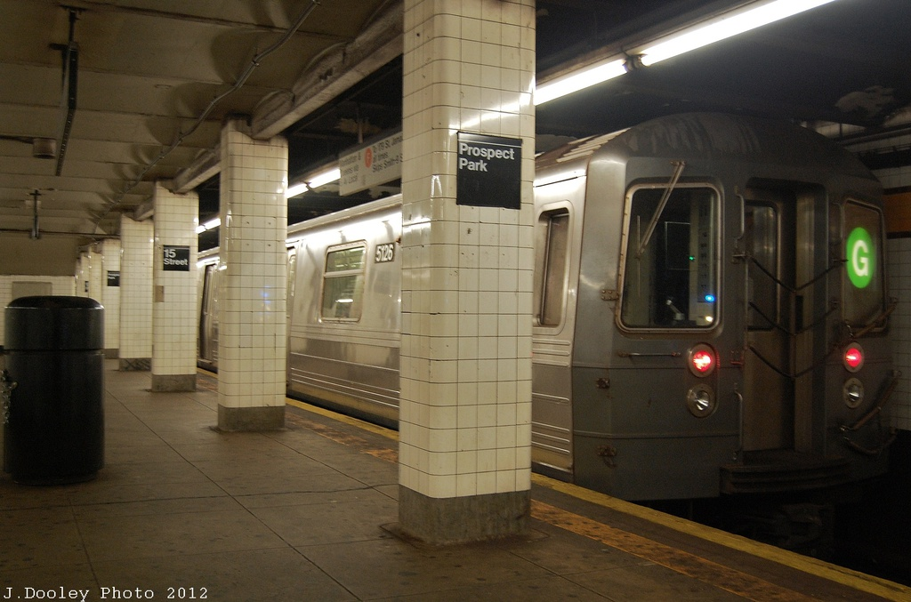 (275k, 1024x677)<br><b>Country:</b> United States<br><b>City:</b> New York<br><b>System:</b> New York City Transit<br><b>Line:</b> IND Crosstown Line<br><b>Location:</b> 15th Street/Prospect Park <br><b>Route:</b> G<br><b>Car:</b> R-68A (Kawasaki, 1988-1989)  5126 <br><b>Photo by:</b> John Dooley<br><b>Date:</b> 11/13/2012<br><b>Viewed (this week/total):</b> 3 / 234