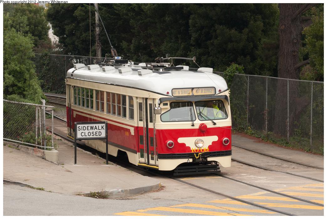 (401k, 1044x700)<br><b>Country:</b> United States<br><b>City:</b> San Francisco/Bay Area, CA<br><b>System:</b> SF MUNI<br><b>Line:</b> MUNI Metro (J-Church)<br><b>Location:</b> Church/22nd <br><b>Car:</b> SF MUNI PCC Torpedo Double-End (St. Louis Car Co., 1948)  1009 <br><b>Photo by:</b> Jeremy Whiteman<br><b>Date:</b> 11/7/2012<br><b>Viewed (this week/total):</b> 4 / 1276