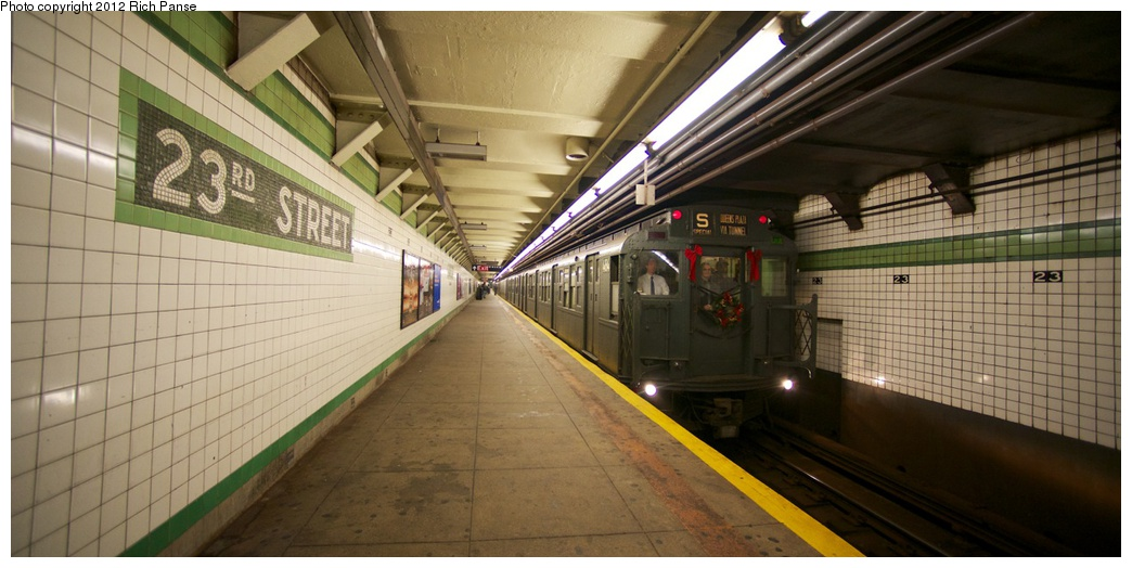 (207k, 1044x524)<br><b>Country:</b> United States<br><b>City:</b> New York<br><b>System:</b> New York City Transit<br><b>Line:</b> IND 6th Avenue Line<br><b>Location:</b> 23rd Street <br><b>Route:</b> Museum Train Service<br><b>Car:</b> R-4 (American Car & Foundry, 1932-1933) 484 <br><b>Photo by:</b> Richard Panse<br><b>Date:</b> 12/2/2012<br><b>Viewed (this week/total):</b> 5 / 595