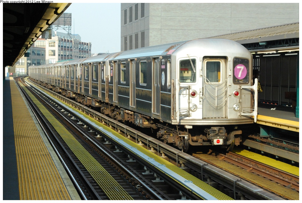 (346k, 1044x703)<br><b>Country:</b> United States<br><b>City:</b> New York<br><b>System:</b> New York City Transit<br><b>Line:</b> IRT Flushing Line<br><b>Location:</b> Court House Square/45th Road <br><b>Route:</b> 7<br><b>Car:</b> R-62A (Bombardier, 1984-1987)  2271 <br><b>Photo by:</b> Lee Winson<br><b>Date:</b> 12/2/2012<br><b>Viewed (this week/total):</b> 3 / 329