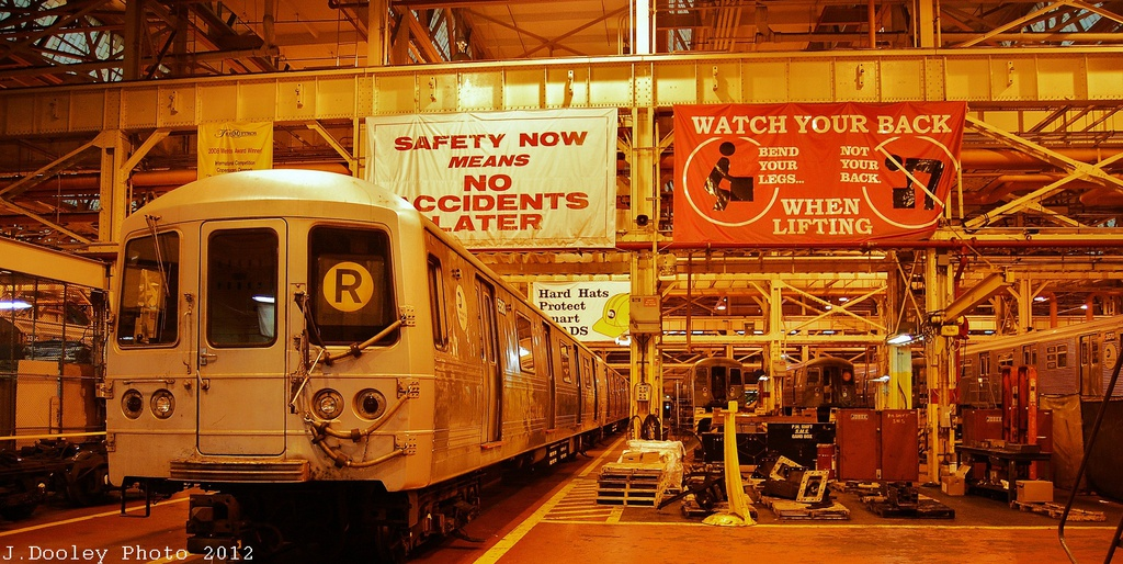 (358k, 1024x514)<br><b>Country:</b> United States<br><b>City:</b> New York<br><b>System:</b> New York City Transit<br><b>Location:</b> Coney Island Shop/Overhaul & Repair Shop<br><b>Car:</b> R-46 (Pullman-Standard, 1974-75)  <br><b>Photo by:</b> John Dooley<br><b>Date:</b> 12/8/2012<br><b>Viewed (this week/total):</b> 0 / 241