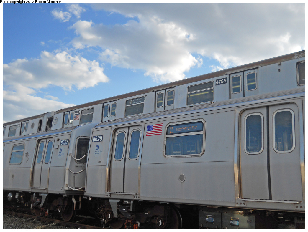 (313k, 1044x788)<br><b>Country:</b> United States<br><b>City:</b> New York<br><b>System:</b> New York City Transit<br><b>Location:</b> East New York Yard/Shops<br><b>Car:</b> R-42 (St. Louis, 1969-1970)  4789 <br><b>Photo by:</b> Robert Mencher<br><b>Date:</b> 10/21/2012<br><b>Notes:</b> With R160 8628<br><b>Viewed (this week/total):</b> 1 / 193