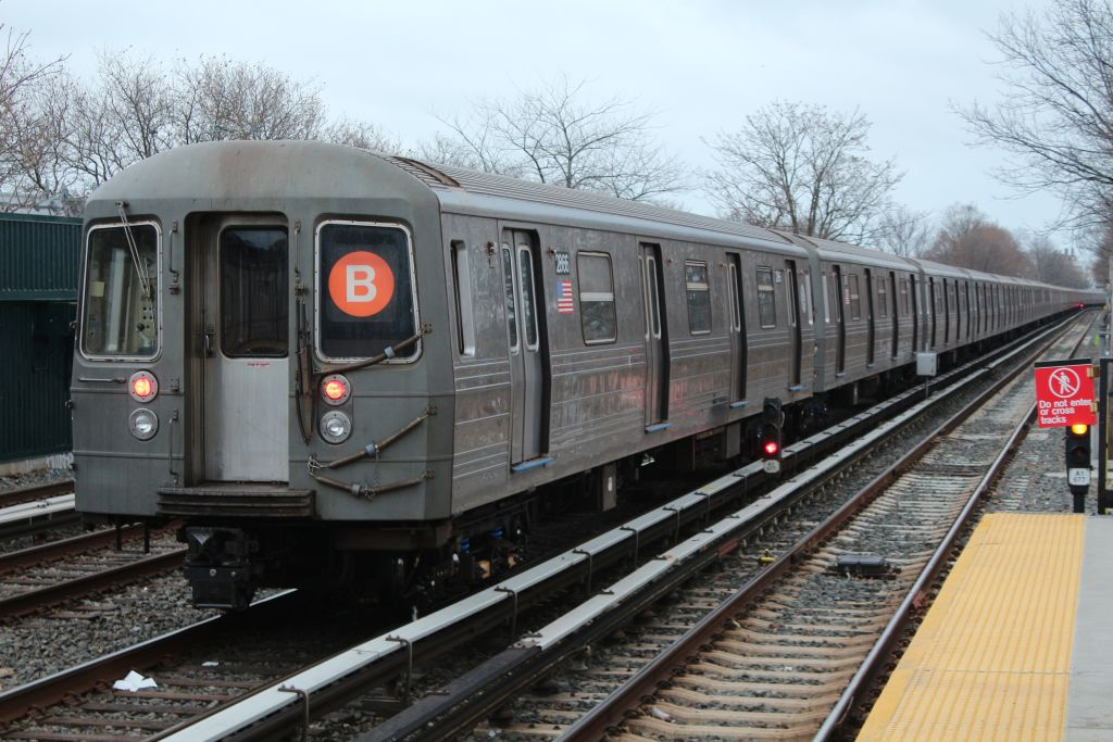 (156k, 1024x683)<br><b>Country:</b> United States<br><b>City:</b> New York<br><b>System:</b> New York City Transit<br><b>Line:</b> BMT Brighton Line<br><b>Location:</b> Neck Road <br><b>Route:</b> Layup<br><b>Car:</b> R-68 (Westinghouse-Amrail, 1986-1988)  2866 <br><b>Photo by:</b> Neil Feldman<br><b>Date:</b> 12/16/2012<br><b>Viewed (this week/total):</b> 1 / 746