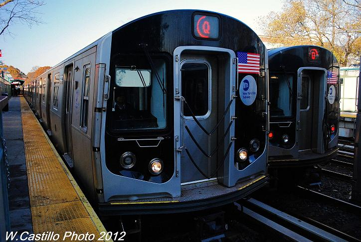 (121k, 724x486)<br><b>Country:</b> United States<br><b>City:</b> New York<br><b>System:</b> New York City Transit<br><b>Line:</b> BMT Brighton Line<br><b>Location:</b> Avenue J <br><b>Route:</b> Q<br><b>Car:</b> R-160B (Option 1) (Kawasaki, 2008-2009)  9047 <br><b>Photo by:</b> Wilfredo Castillo<br><b>Date:</b> 11/11/2012<br><b>Viewed (this week/total):</b> 1 / 243
