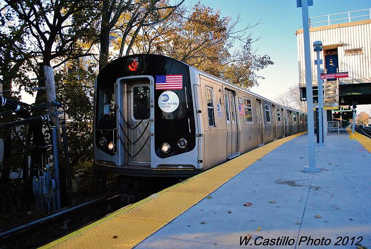 (146k, 724x486)<br><b>Country:</b> United States<br><b>City:</b> New York<br><b>System:</b> New York City Transit<br><b>Line:</b> BMT Brighton Line<br><b>Location:</b> Kings Highway <br><b>Route:</b> Q<br><b>Car:</b> R-160B (Option 1) (Kawasaki, 2008-2009)  9087 <br><b>Photo by:</b> Wilfredo Castillo<br><b>Date:</b> 11/11/2012<br><b>Viewed (this week/total):</b> 0 / 597