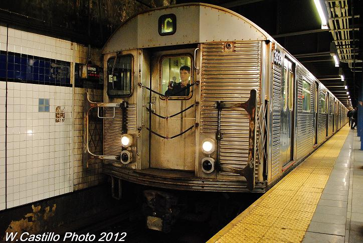 (130k, 724x486)<br><b>Country:</b> United States<br><b>City:</b> New York<br><b>System:</b> New York City Transit<br><b>Line:</b> IND 6th Avenue Line<br><b>Location:</b> Broadway/Lafayette <br><b>Route:</b> C<br><b>Car:</b> R-32 (Budd, 1964)  3933 <br><b>Photo by:</b> Wilfredo Castillo<br><b>Date:</b> 12/2/2012<br><b>Viewed (this week/total):</b> 1 / 491