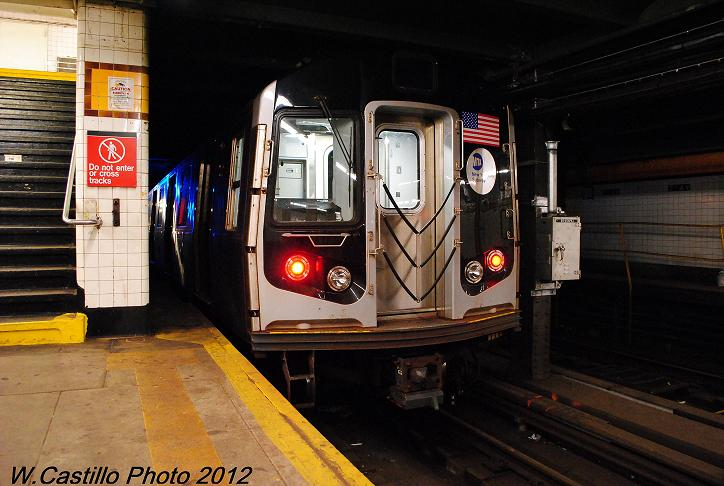 (98k, 724x486)<br><b>Country:</b> United States<br><b>City:</b> New York<br><b>System:</b> New York City Transit<br><b>Line:</b> IND Crosstown Line<br><b>Location:</b> 7th Avenue/Park Slope <br><b>Route:</b> Layup<br><b>Car:</b> R-160A/R-160B Series (Number Unknown)  <br><b>Photo by:</b> Wilfredo Castillo<br><b>Date:</b> 11/13/2012<br><b>Viewed (this week/total):</b> 4 / 402