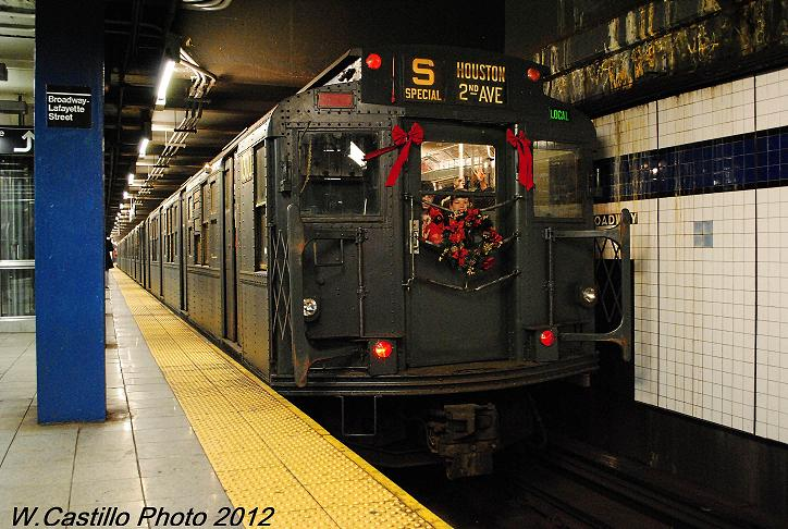 (106k, 724x486)<br><b>Country:</b> United States<br><b>City:</b> New York<br><b>System:</b> New York City Transit<br><b>Line:</b> IND 6th Avenue Line<br><b>Location:</b> Broadway/Lafayette <br><b>Route:</b> Museum Train Service<br><b>Car:</b> R-6-1 (Pressed Steel, 1936)  1300 <br><b>Photo by:</b> Wilfredo Castillo<br><b>Date:</b> 12/2/2012<br><b>Viewed (this week/total):</b> 0 / 203