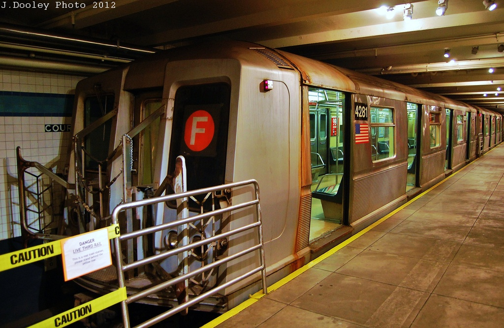 (335k, 1024x667)<br><b>Country:</b> United States<br><b>City:</b> New York<br><b>System:</b> New York City Transit<br><b>Location:</b> New York Transit Museum<br><b>Car:</b> R-40 (St. Louis, 1968)  4281 <br><b>Photo by:</b> John Dooley<br><b>Date:</b> 12/30/2012<br><b>Viewed (this week/total):</b> 1 / 854