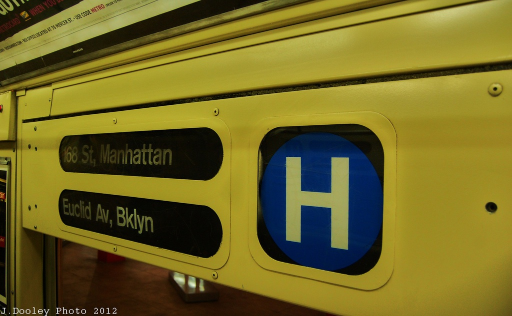(219k, 1024x633)<br><b>Country:</b> United States<br><b>City:</b> New York<br><b>System:</b> New York City Transit<br><b>Location:</b> New York Transit Museum<br><b>Car:</b> R-40 (St. Louis, 1968)  4281 <br><b>Photo by:</b> John Dooley<br><b>Date:</b> 12/30/2012<br><b>Viewed (this week/total):</b> 0 / 565