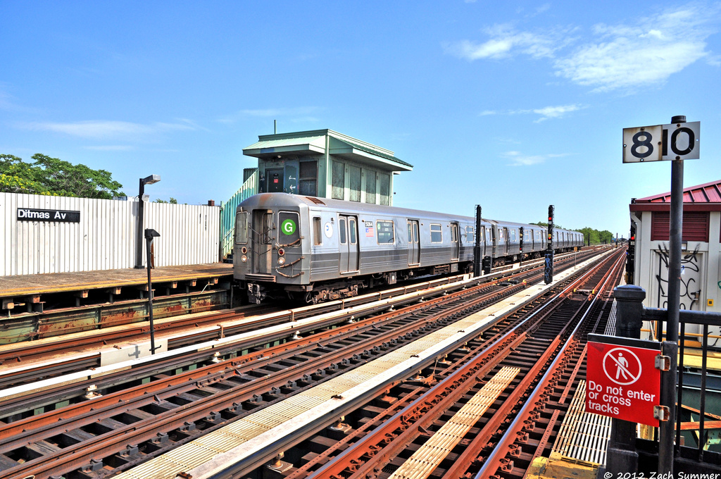 (468k, 1024x680)<br><b>Country:</b> United States<br><b>City:</b> New York<br><b>System:</b> New York City Transit<br><b>Line:</b> BMT Culver Line<br><b>Location:</b> Ditmas Avenue <br><b>Route:</b> G Relay<br><b>Car:</b> R-68A (Kawasaki, 1988-1989)  5064 <br><b>Photo by:</b> Zach Summer<br><b>Date:</b> 6/30/2012<br><b>Viewed (this week/total):</b> 10 / 725