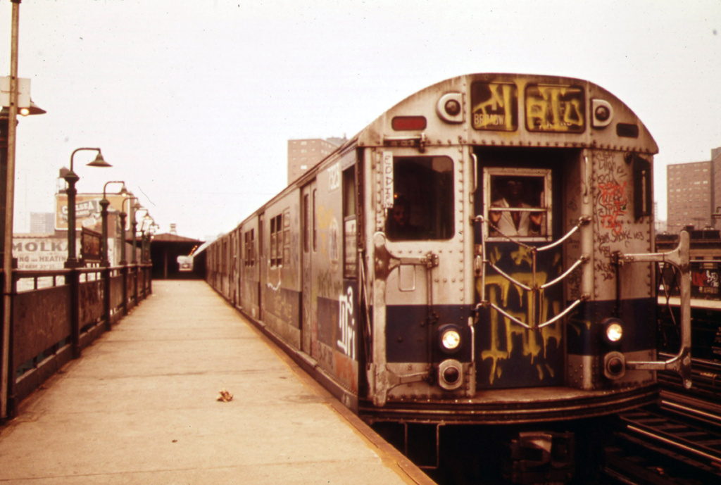 (278k, 1024x689)<br><b>Country:</b> United States<br><b>City:</b> New York<br><b>System:</b> New York City Transit<br><b>Line:</b> IRT West Side Line<br><b>Location:</b> 125th Street <br><b>Route:</b> 1<br><b>Car:</b> R-22 (St. Louis, 1957-58) 7323 <br><b>Photo by:</b> Erik Calonius, US National Archives<br><b>Collection of:</b> Flickr Commons<br><b>Date:</b> 5/1973<br><b>Viewed (this week/total):</b> 0 / 1139