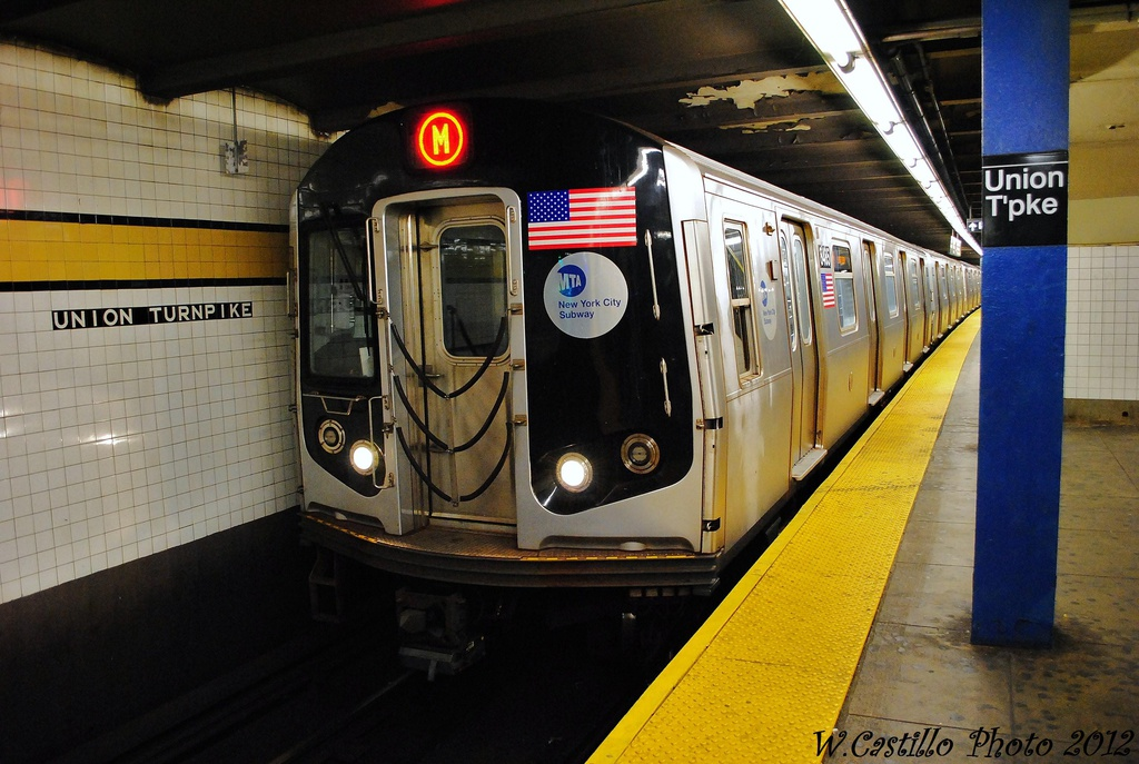 (317k, 1024x687)<br><b>Country:</b> United States<br><b>City:</b> New York<br><b>System:</b> New York City Transit<br><b>Line:</b> IND Queens Boulevard Line<br><b>Location:</b> Union Turnpike/Kew Gardens <br><b>Route:</b> M<br><b>Car:</b> R-160A-1 (Alstom, 2005-2008, 4 car sets)  8465 <br><b>Photo by:</b> Wilfredo Castillo<br><b>Date:</b> 11/4/2012<br><b>Viewed (this week/total):</b> 0 / 366