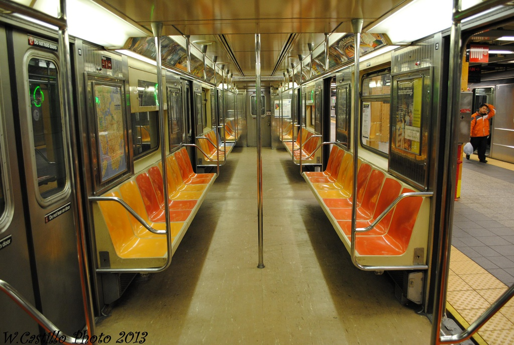 (312k, 1024x687)<br><b>Country:</b> United States<br><b>City:</b> New York<br><b>System:</b> New York City Transit<br><b>Line:</b> IRT Flushing Line<br><b>Location:</b> Main Street/Flushing <br><b>Route:</b> 7<br><b>Car:</b> R-62A (Bombardier, 1984-1987)  2093 <br><b>Photo by:</b> Wilfredo Castillo<br><b>Date:</b> 2/28/2013<br><b>Viewed (this week/total):</b> 7 / 911