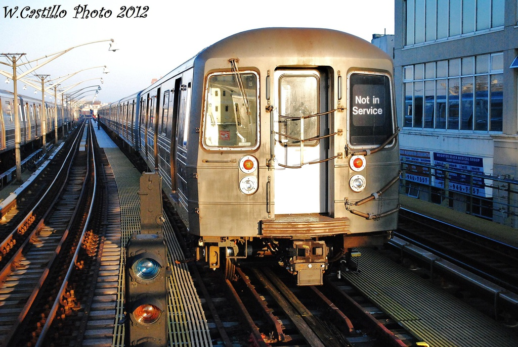 (377k, 1024x687)<br><b>Country:</b> United States<br><b>City:</b> New York<br><b>System:</b> New York City Transit<br><b>Line:</b> BMT Brighton Line<br><b>Location:</b> Ocean Parkway <br><b>Route:</b> Layup<br><b>Car:</b> R-68 (Westinghouse-Amrail, 1986-1988)   <br><b>Photo by:</b> Wilfredo Castillo<br><b>Date:</b> 11/11/2012<br><b>Viewed (this week/total):</b> 0 / 786
