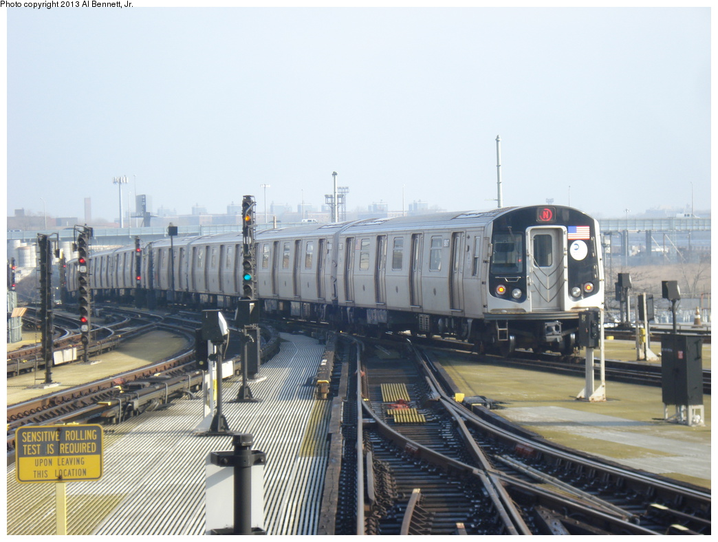 (300k, 1044x788)<br><b>Country:</b> United States<br><b>City:</b> New York<br><b>System:</b> New York City Transit<br><b>Location:</b> Coney Island/Stillwell Avenue<br><b>Route:</b> N<br><b>Car:</b> R-160B (Option 1) (Kawasaki, 2008-2009)  9097 <br><b>Photo by:</b> Al Bennett, Jr.<br><b>Date:</b> 4/1/2013<br><b>Viewed (this week/total):</b> 3 / 766