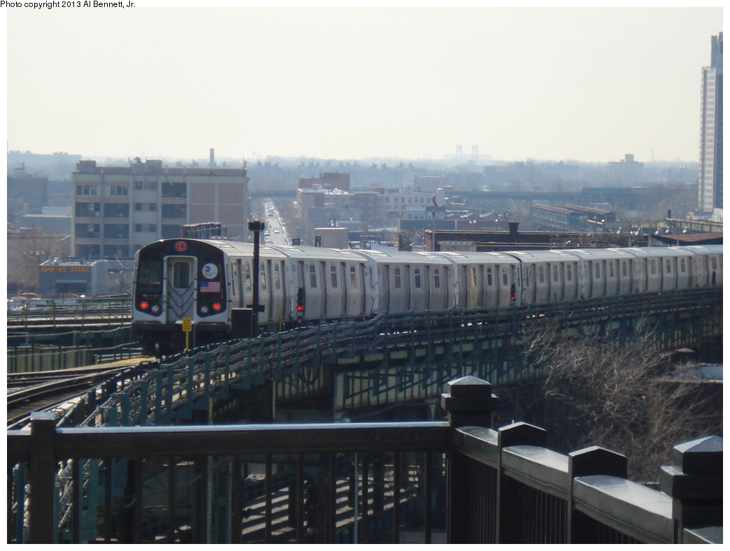 (273k, 1044x788)<br><b>Country:</b> United States<br><b>City:</b> New York<br><b>System:</b> New York City Transit<br><b>Line:</b> BMT Canarsie Line<br><b>Location:</b> Broadway Junction <br><b>Route:</b> L<br><b>Car:</b> R-160A/R-160B Series (Number Unknown)  <br><b>Photo by:</b> Al Bennett, Jr.<br><b>Date:</b> 4/5/2013<br><b>Viewed (this week/total):</b> 1 / 331