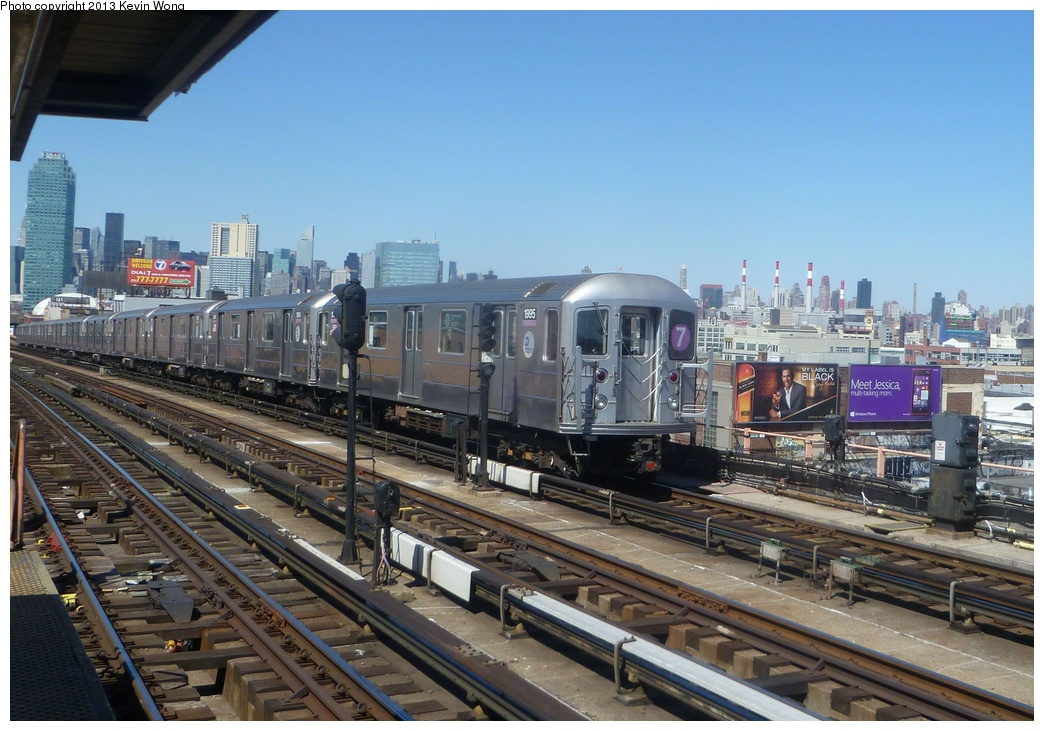 (324k, 1044x731)<br><b>Country:</b> United States<br><b>City:</b> New York<br><b>System:</b> New York City Transit<br><b>Line:</b> IRT Flushing Line<br><b>Location:</b> 40th Street/Lowery Street <br><b>Route:</b> 7<br><b>Car:</b> R-62A (Bombardier, 1984-1987)  1995 <br><b>Photo by:</b> Kevin Wong<br><b>Date:</b> 4/6/2013<br><b>Viewed (this week/total):</b> 2 / 405