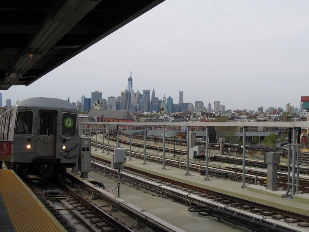 (100k, 1024x768)<br><b>Country:</b> United States<br><b>City:</b> New York<br><b>System:</b> New York City Transit<br><b>Line:</b> IND Crosstown Line<br><b>Location:</b> Smith/9th Street <br><b>Photo by:</b> Robbie Rosenfeld<br><b>Date:</b> 4/28/2013<br><b>Viewed (this week/total):</b> 1 / 807