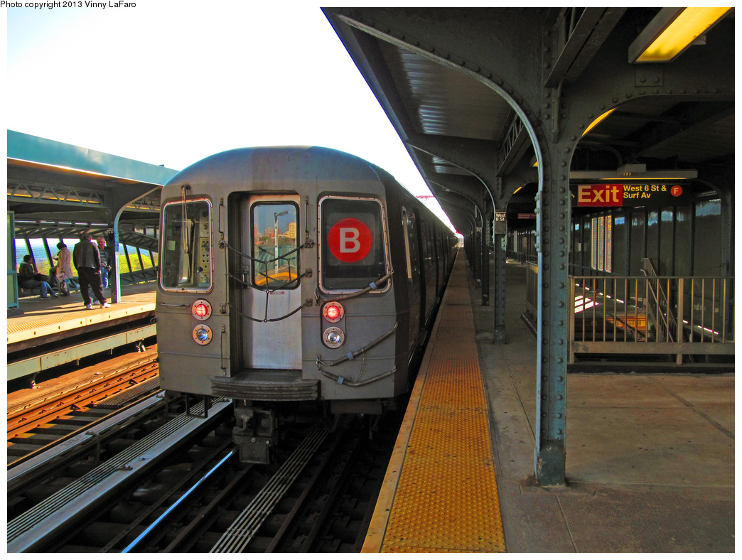 (399k, 1044x788)<br><b>Country:</b> United States<br><b>City:</b> New York<br><b>System:</b> New York City Transit<br><b>Line:</b> BMT Brighton Line<br><b>Location:</b> West 8th Street <br><b>Route:</b> B<br><b>Car:</b> R-68/R-68A Series (Number Unknown)  <br><b>Photo by:</b> Vinny LaFaro<br><b>Date:</b> 5/14/2013<br><b>Notes:</b> Out Of Service PM Rush Yard Move<br><b>Viewed (this week/total):</b> 1 / 488
