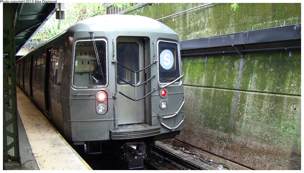 (353k, 1044x596)<br><b>Country:</b> United States<br><b>City:</b> New York<br><b>System:</b> New York City Transit<br><b>Line:</b> BMT Franklin<br><b>Location:</b> Prospect Park <br><b>Route:</b> Franklin Shuttle<br><b>Car:</b> R-68 (Westinghouse-Amrail, 1986-1988)   <br><b>Photo by:</b> Max Diamond<br><b>Date:</b> 4/22/2012<br><b>Viewed (this week/total):</b> 1 / 685