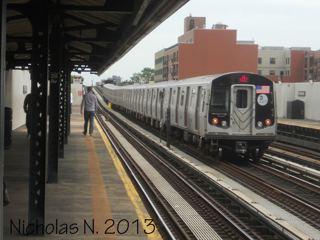 (341k, 1024x768)<br><b>Country:</b> United States<br><b>City:</b> New York<br><b>System:</b> New York City Transit<br><b>Line:</b> BMT Astoria Line<br><b>Location:</b> 39th/Beebe Aves. <br><b>Route:</b> N<br><b>Car:</b> R-160A/R-160B Series (Number Unknown)  <br><b>Photo by:</b> Nicholas Noel<br><b>Date:</b> 6/2013<br><b>Viewed (this week/total):</b> 0 / 281