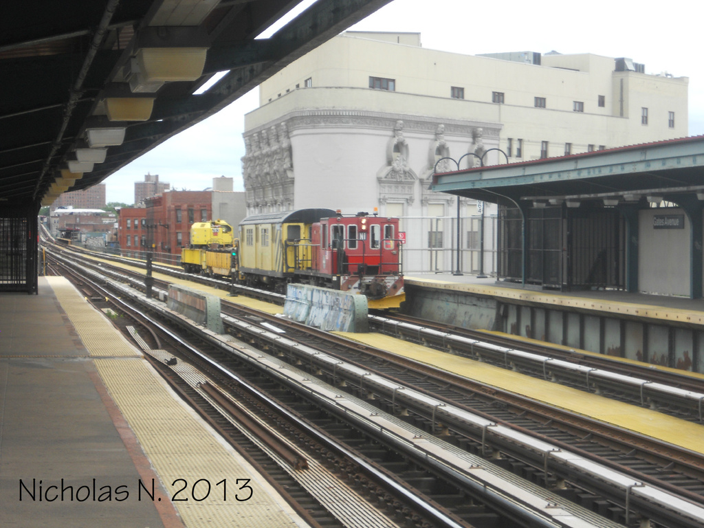 (326k, 1024x768)<br><b>Country:</b> United States<br><b>City:</b> New York<br><b>System:</b> New York City Transit<br><b>Line:</b> BMT Nassau Street/Jamaica Line<br><b>Location:</b> Gates Avenue <br><b>Route:</b> Work Service<br><b>Car:</b> R-47 (SBK) Locomotive  N1 <br><b>Photo by:</b> Nicholas Noel<br><b>Date:</b> 6/2013<br><b>Viewed (this week/total):</b> 0 / 221