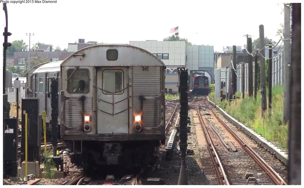(218k, 1044x647)<br><b>Country:</b> United States<br><b>City:</b> New York<br><b>System:</b> New York City Transit<br><b>Line:</b> BMT Canarsie Line<br><b>Location:</b> East 105th Street <br><b>Car:</b> R-32 (Budd, 1964)  3447 <br><b>Photo by:</b> Max Diamond<br><b>Date:</b> 8/21/2013<br><b>Viewed (this week/total):</b> 1 / 464