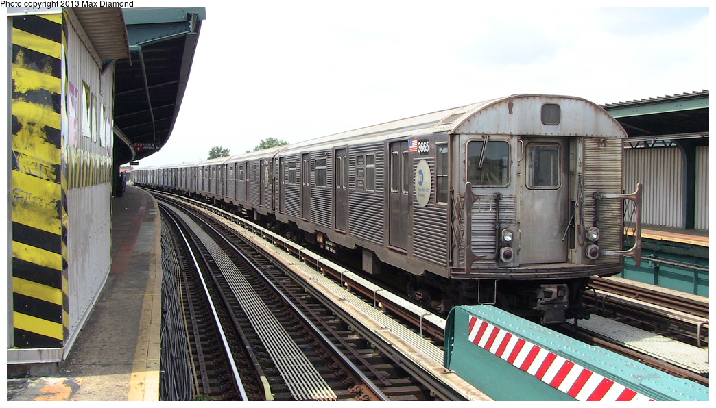 (296k, 1044x596)<br><b>Country:</b> United States<br><b>City:</b> New York<br><b>System:</b> New York City Transit<br><b>Line:</b> BMT Nassau Street/Jamaica Line<br><b>Location:</b> 111th Street <br><b>Route:</b> J<br><b>Car:</b> R-32 (Budd, 1964)  3665 <br><b>Photo by:</b> Max Diamond<br><b>Date:</b> 7/27/2013<br><b>Viewed (this week/total):</b> 3 / 869