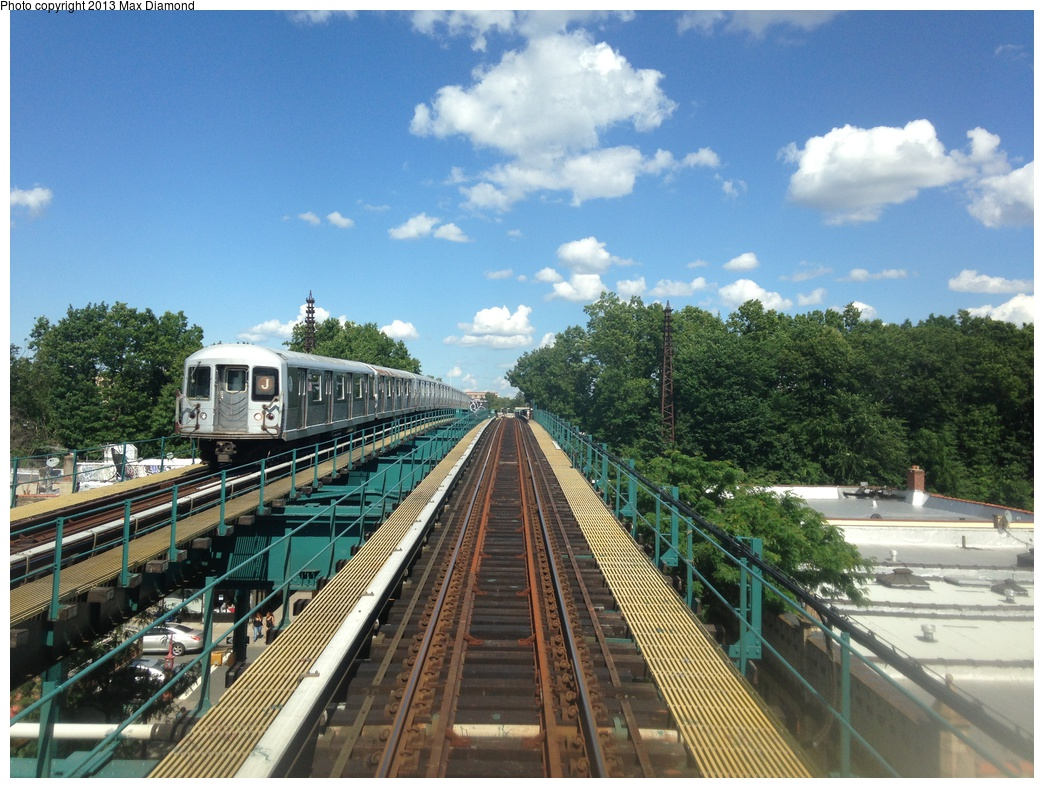 (350k, 1044x788)<br><b>Country:</b> United States<br><b>City:</b> New York<br><b>System:</b> New York City Transit<br><b>Line:</b> BMT Nassau Street/Jamaica Line<br><b>Location:</b> 102nd-104th Streets <br><b>Route:</b> J<br><b>Car:</b> R-42 (St. Louis, 1969-1970)   <br><b>Photo by:</b> Max Diamond<br><b>Date:</b> 8/4/2013<br><b>Viewed (this week/total):</b> 0 / 331
