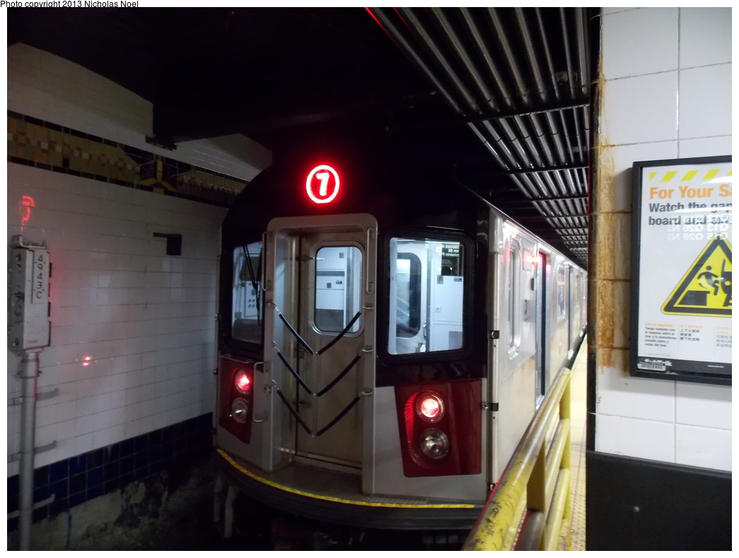 (283k, 1044x788)<br><b>Country:</b> United States<br><b>City:</b> New York<br><b>System:</b> New York City Transit<br><b>Line:</b> IRT Flushing Line<br><b>Location:</b> Main Street/Flushing <br><b>Route:</b> 7<br><b>Car:</b> R-188 (Kawasaki, 2012-) 7821 <br><b>Photo by:</b> Nicholas Noel<br><b>Date:</b> 12/1/2013<br><b>Viewed (this week/total):</b> 6 / 1572