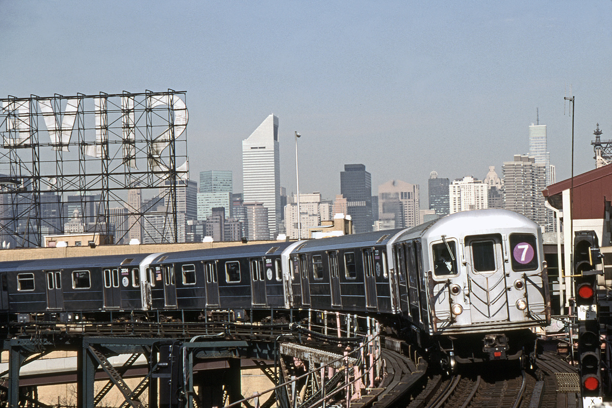 (394k, 1044x721)<br><b>Country:</b> United States<br><b>City:</b> New York<br><b>System:</b> New York City Transit<br><b>Line:</b> IRT Flushing Line<br><b>Location:</b> Queensborough Plaza <br><b>Route:</b> 7<br><b>Car:</b> R-62A (Bombardier, 1984-1987)  2015-1984-2020-etc <br><b>Photo by:</b> David Warner<br><b>Date:</b> 4/18/2008<br><b>Viewed (this week/total):</b> 4 / 598