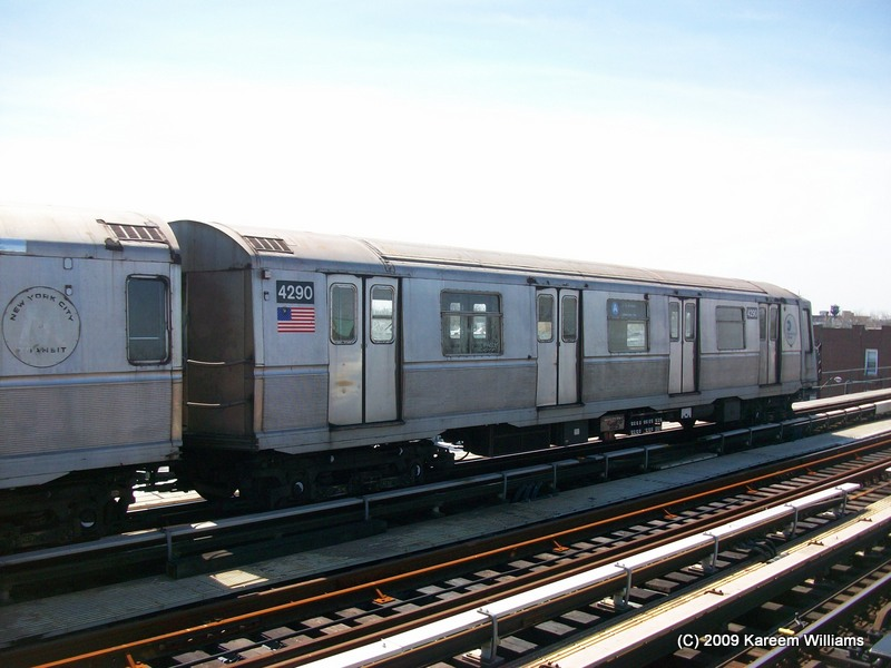 (119k, 800x600)<br><b>Country:</b> United States<br><b>City:</b> New York<br><b>System:</b> New York City Transit<br><b>Line:</b> IND Fulton Street Line<br><b>Location:</b> 104th Street/Oxford Ave. <br><b>Route:</b> A<br><b>Car:</b> R-40 (St. Louis, 1968)  4290 <br><b>Photo by:</b> Kareem Williams<br><b>Date:</b> 4/13/2009<br><b>Viewed (this week/total):</b> 2 / 311
