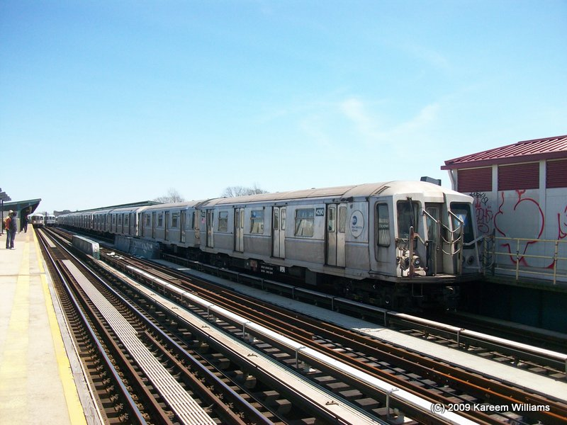 (110k, 800x600)<br><b>Country:</b> United States<br><b>City:</b> New York<br><b>System:</b> New York City Transit<br><b>Line:</b> IND Fulton Street Line<br><b>Location:</b> 104th Street/Oxford Ave. <br><b>Route:</b> A<br><b>Car:</b> R-40 (St. Louis, 1968)  4290 <br><b>Photo by:</b> Kareem Williams<br><b>Date:</b> 4/13/2009<br><b>Viewed (this week/total):</b> 0 / 301