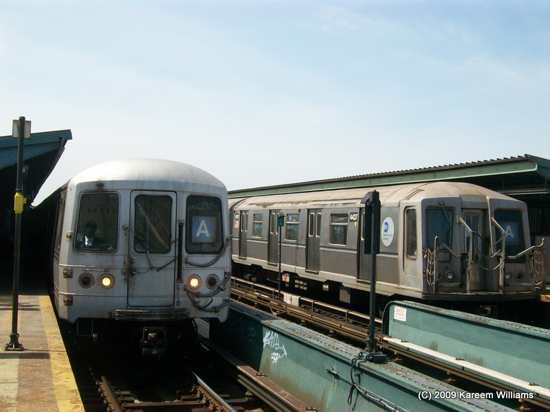 (112k, 800x600)<br><b>Country:</b> United States<br><b>City:</b> New York<br><b>System:</b> New York City Transit<br><b>Line:</b> IND Fulton Street Line<br><b>Location:</b> Rockaway Boulevard <br><b>Route:</b> A<br><b>Car:</b> R-40 (St. Louis, 1968)  4437 <br><b>Photo by:</b> Kareem Williams<br><b>Date:</b> 4/13/2009<br><b>Viewed (this week/total):</b> 2 / 655