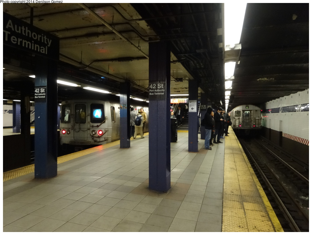 (294k, 1044x788)<br><b>Country:</b> United States<br><b>City:</b> New York<br><b>System:</b> New York City Transit<br><b>Line:</b> IND 8th Avenue Line<br><b>Location:</b> 42nd Street/Port Authority Bus Terminal <br><b>Photo by:</b> Denilson Gomez<br><b>Date:</b> 3/21/2014<br><b>Notes:</b> R46 (A) and R32 (C) train<br><b>Viewed (this week/total):</b> 0 / 281