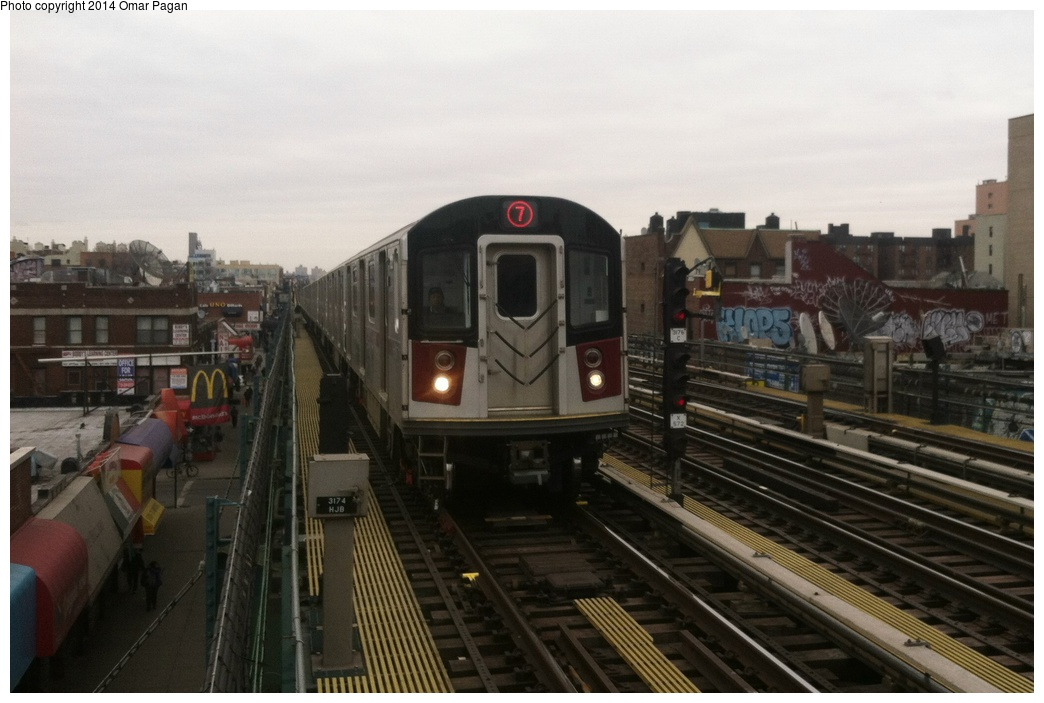(238k, 1044x703)<br><b>Country:</b> United States<br><b>City:</b> New York<br><b>System:</b> New York City Transit<br><b>Line:</b> IRT Flushing Line<br><b>Location:</b> 74th Street/Broadway <br><b>Route:</b> 7<br><b>Car:</b> R-188 (Kawasaki, 2012-) 7822 <br><b>Photo by:</b> Omar Pagan<br><b>Date:</b> 3/7/2014<br><b>Viewed (this week/total):</b> 4 / 454