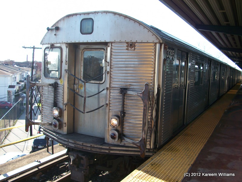 (156k, 800x600)<br><b>Country:</b> United States<br><b>City:</b> New York<br><b>System:</b> New York City Transit<br><b>Line:</b> IND Rockaway<br><b>Location:</b> Mott Avenue/Far Rockaway <br><b>Route:</b> S<br><b>Car:</b> R-32 (Budd, 1964)  3395 <br><b>Photo by:</b> Kareem Williams<br><b>Date:</b> 12/20/2012<br><b>Viewed (this week/total):</b> 3 / 247