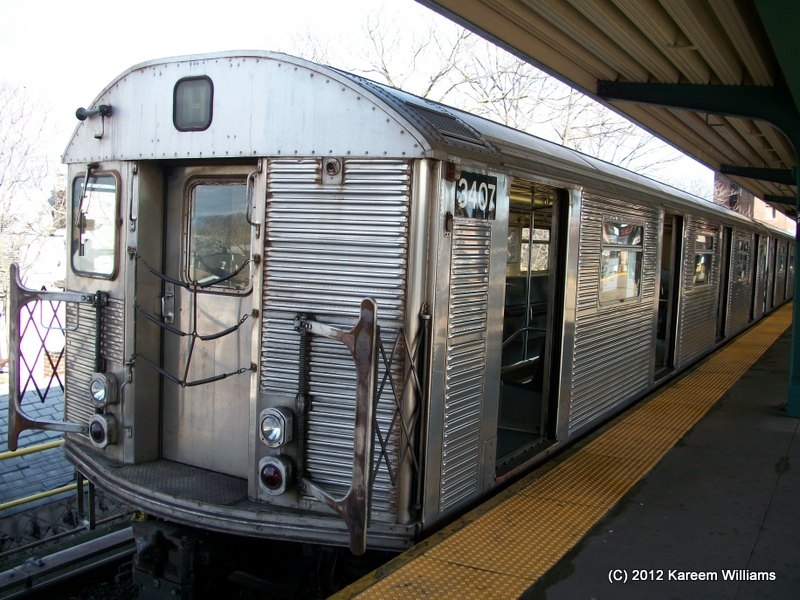 (135k, 800x600)<br><b>Country:</b> United States<br><b>City:</b> New York<br><b>System:</b> New York City Transit<br><b>Line:</b> IND Rockaway<br><b>Location:</b> Mott Avenue/Far Rockaway <br><b>Route:</b> S<br><b>Car:</b> R-32 (Budd, 1964)  3407 <br><b>Photo by:</b> Kareem Williams<br><b>Date:</b> 12/20/2012<br><b>Viewed (this week/total):</b> 1 / 108