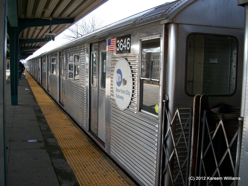 (125k, 800x600)<br><b>Country:</b> United States<br><b>City:</b> New York<br><b>System:</b> New York City Transit<br><b>Line:</b> IND Rockaway<br><b>Location:</b> Mott Avenue/Far Rockaway <br><b>Route:</b> S<br><b>Car:</b> R-32 (Budd, 1964)  3646 <br><b>Photo by:</b> Kareem Williams<br><b>Date:</b> 12/20/2012<br><b>Viewed (this week/total):</b> 0 / 609