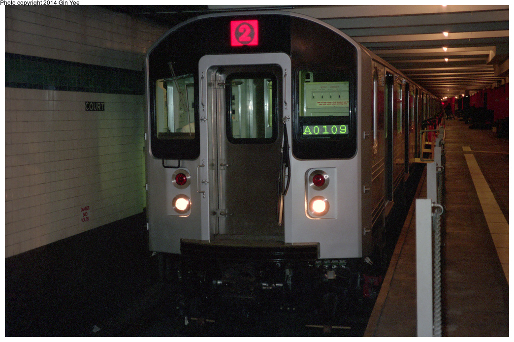 (385k, 1044x695)<br><b>Country:</b> United States<br><b>City:</b> New York<br><b>System:</b> New York City Transit<br><b>Location:</b> New York Transit Museum<br><b>Car:</b> R-110A (Kawasaki, 1992) 8006 <br><b>Photo by:</b> Gin Yee<br><b>Date:</b> 11/1992<br><b>Viewed (this week/total):</b> 3 / 328