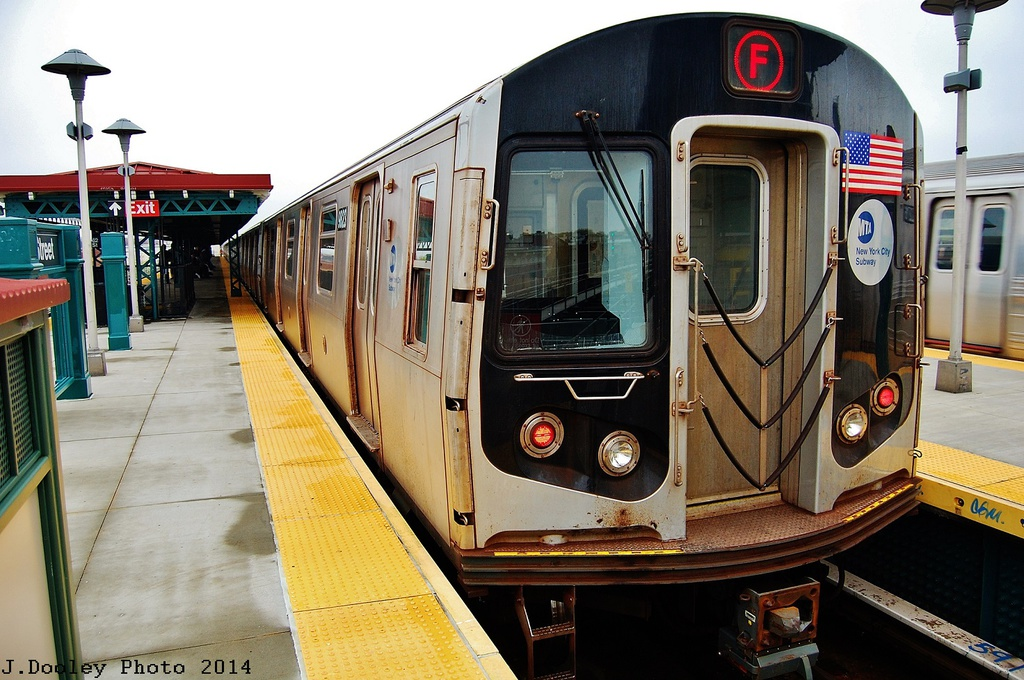 (345k, 1024x680)<br><b>Country:</b> United States<br><b>City:</b> New York<br><b>System:</b> New York City Transit<br><b>Line:</b> BMT West End Line<br><b>Location:</b> 62nd Street <br><b>Route:</b> F reroute<br><b>Car:</b> R-160B (Option 2) (Kawasaki, 2009)  9823 <br><b>Photo by:</b> John Dooley<br><b>Date:</b> 5/8/2014<br><b>Viewed (this week/total):</b> 1 / 767