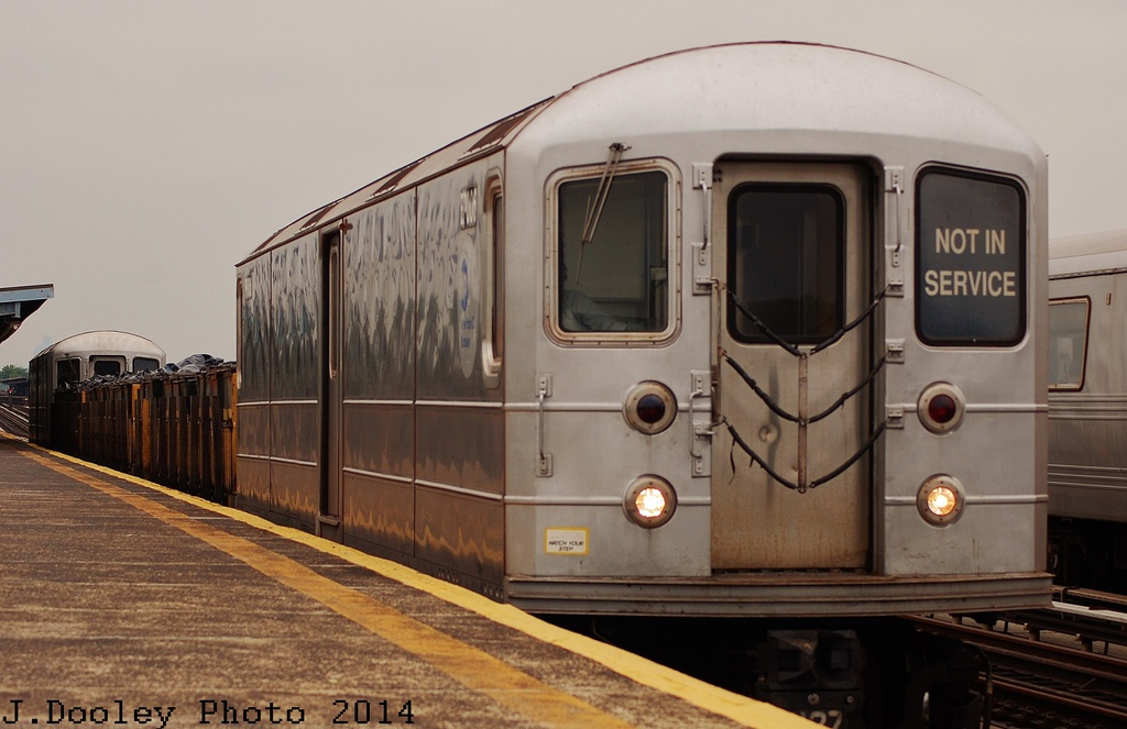(260k, 1024x663)<br><b>Country:</b> United States<br><b>City:</b> New York<br><b>System:</b> New York City Transit<br><b>Line:</b> BMT Culver Line<br><b>Location:</b> Bay Parkway (22nd Avenue) <br><b>Route:</b> Work Service<br><b>Car:</b> R-127/R-134 (Kawasaki, 1991-1996) EP006 <br><b>Photo by:</b> John Dooley<br><b>Date:</b> 6/9/2014<br><b>Viewed (this week/total):</b> 3 / 415