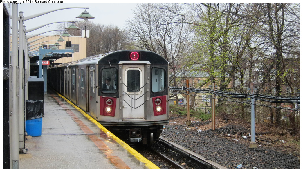(360k, 1044x594)<br><b>Country:</b> United States<br><b>City:</b> New York<br><b>System:</b> New York City Transit<br><b>Line:</b> IRT Dyre Ave. Line<br><b>Location:</b> Dyre Avenue <br><b>Route:</b> 5<br><b>Car:</b> R-142 (Primary Order, Bombardier, 1999-2002)  6941 <br><b>Photo by:</b> Bernard Chatreau<br><b>Date:</b> 4/12/2011<br><b>Viewed (this week/total):</b> 1 / 1007