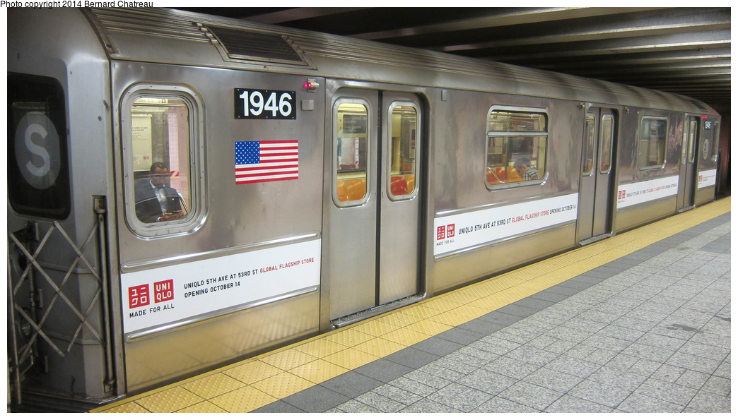 (270k, 1044x595)<br><b>Country:</b> United States<br><b>City:</b> New York<br><b>System:</b> New York City Transit<br><b>Line:</b> IRT Times Square-Grand Central Shuttle<br><b>Location:</b> Grand Central <br><b>Route:</b> S<br><b>Car:</b> R-62A (Bombardier, 1984-1987)  1946 <br><b>Photo by:</b> Bernard Chatreau<br><b>Date:</b> 10/10/2011<br><b>Viewed (this week/total):</b> 0 / 40