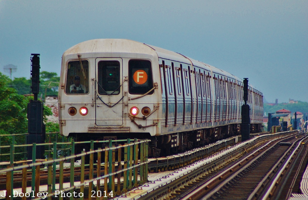(333k, 1024x665)<br><b>Country:</b> United States<br><b>City:</b> New York<br><b>System:</b> New York City Transit<br><b>Line:</b> BMT Culver Line<br><b>Location:</b> 18th Avenue <br><b>Route:</b> F<br><b>Car:</b> R-46 (Pullman-Standard, 1974-75) 5800 <br><b>Photo by:</b> John Dooley<br><b>Date:</b> 6/9/2014<br><b>Viewed (this week/total):</b> 1 / 623