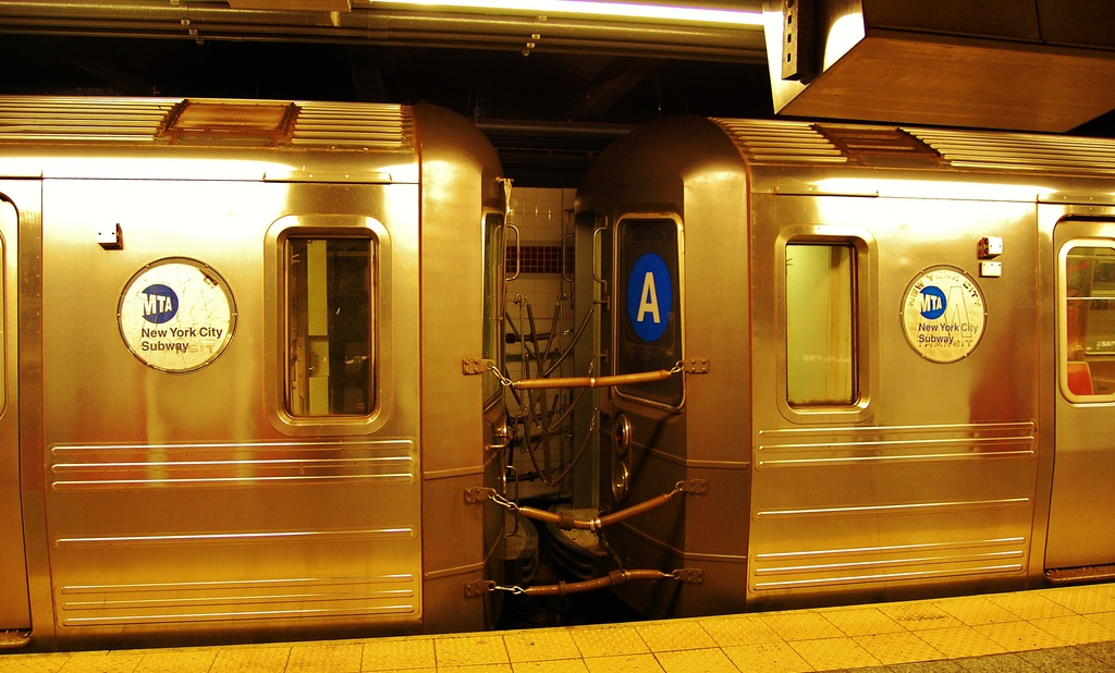 (294k, 1024x618)<br><b>Country:</b> United States<br><b>City:</b> New York<br><b>System:</b> New York City Transit<br><b>Line:</b> IND 8th Avenue Line<br><b>Location:</b> 207th Street <br><b>Route:</b> A<br><b>Car:</b> R-68A (Kawasaki, 1988-1989)   <br><b>Photo by:</b> John Dooley<br><b>Date:</b> 6/26/2014<br><b>Viewed (this week/total):</b> 0 / 1484